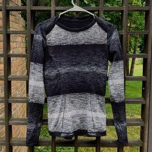 lululemon longleeve gray/black top